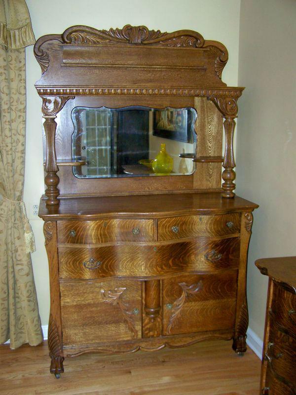 Antique Ornate Quarter Sawn Tiger Oak Sideboard Buffet